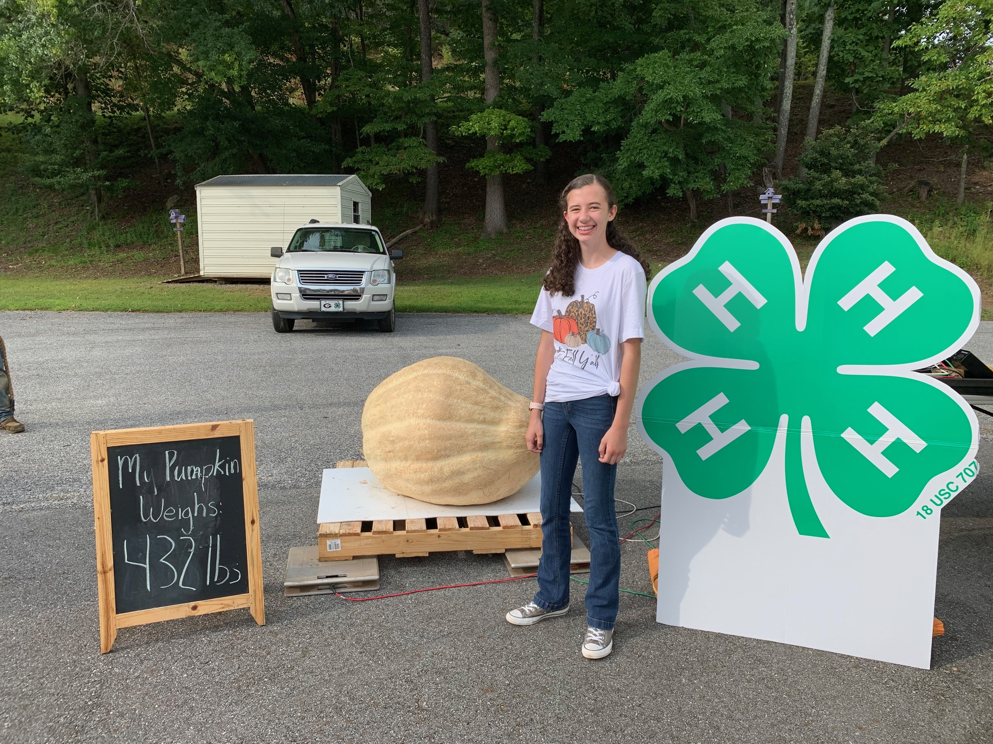Natalie Payne of Union County had the second-place pumpkin, weighing 432 pounds.